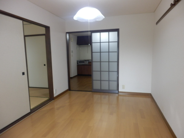 シルクハウス 102号室の居室