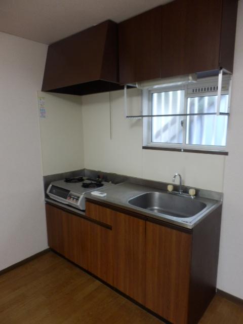 シルクハウス 102号室のキッチン