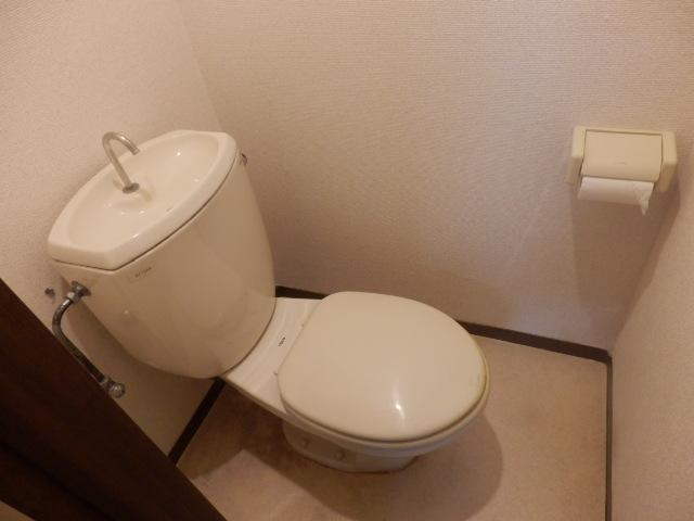 シルクハウス 102号室のトイレ