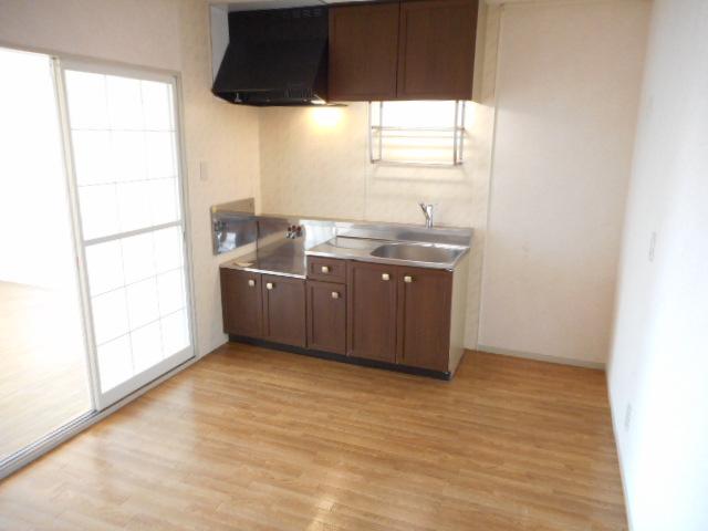 エミネンス夏見台 202号室のキッチン