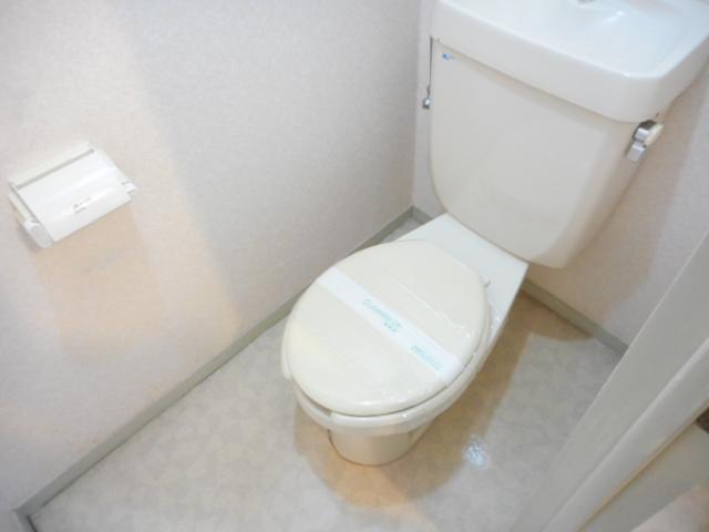 エミネンス夏見台 202号室のトイレ