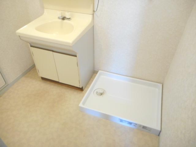 エミネンス夏見台 205号室の洗面所