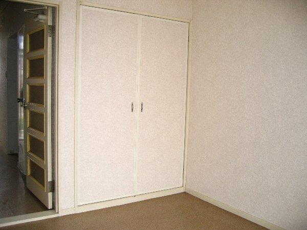 プラザタキ 203号室の収納
