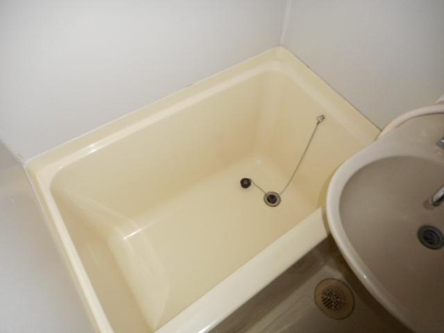 青木マンション 401号室の風呂