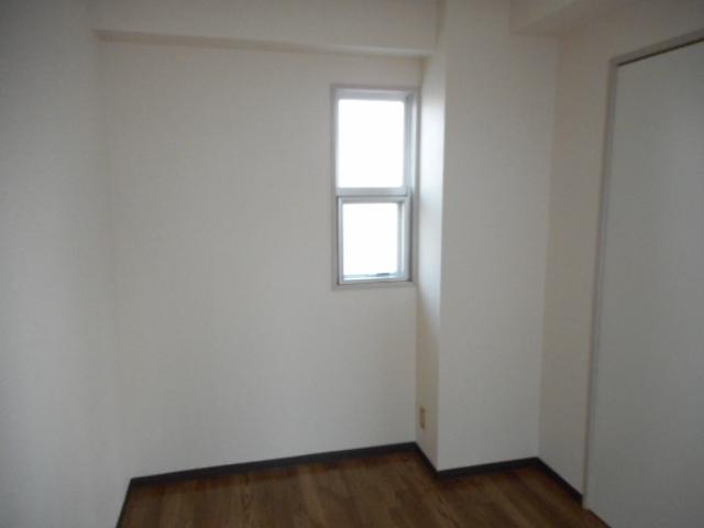 青木マンション 401号室の居室