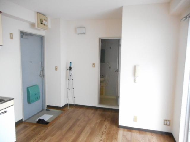青木マンション 401号室のリビング