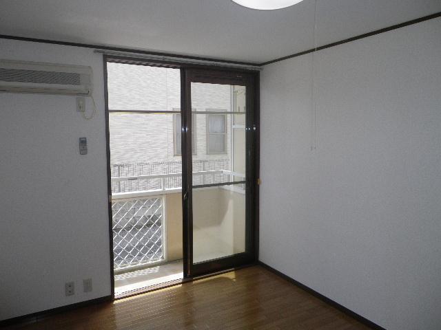 グランデュール芝山 102号室の眺望
