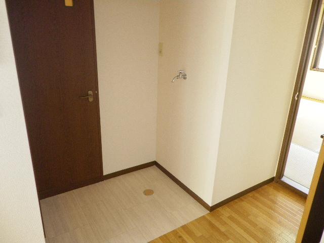 グランデュール芝山 102号室のその他