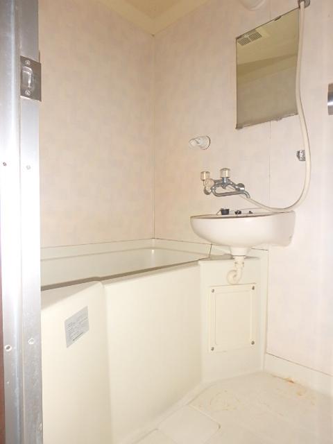 メゾンハピネス 101号室の風呂