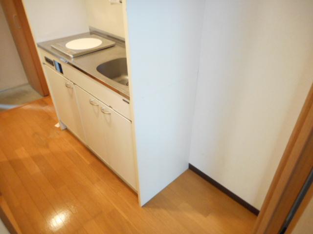 津賀マンション 301号室のキッチン