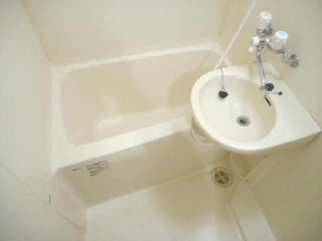 津賀マンション 301号室の風呂