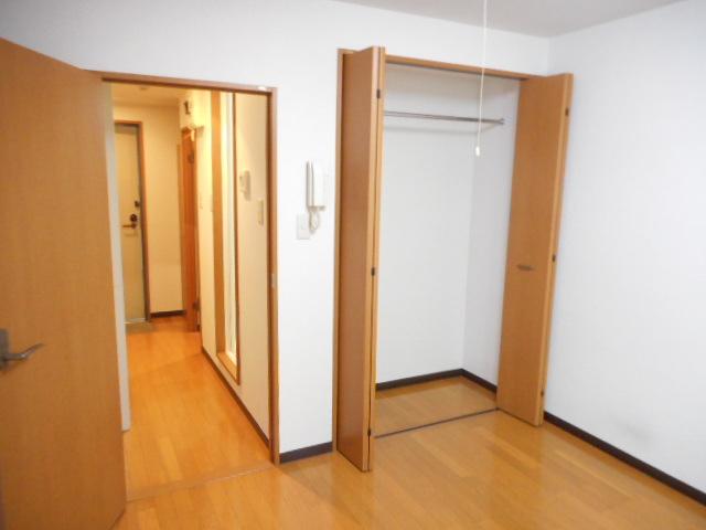 津賀マンション 302号室の収納