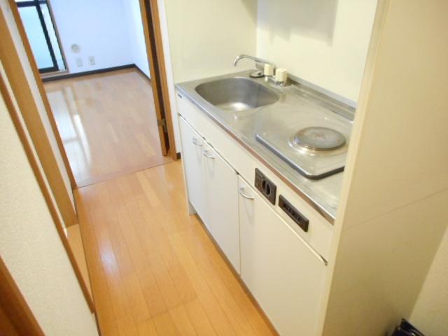 津賀マンション 302号室のキッチン