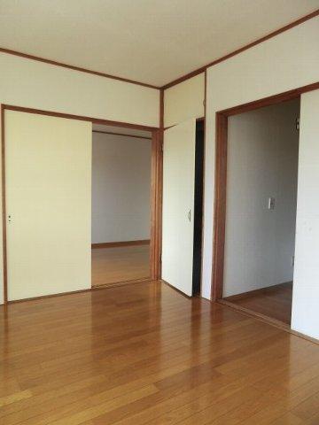 フローラル芝山 B棟 102号室のその他部屋