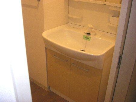 ウィンドヒル鎌ケ谷 404号室の洗面所