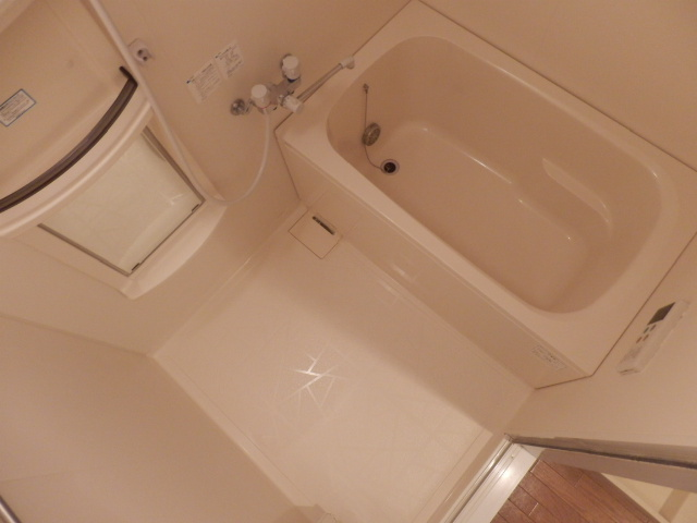 ウィンドヒル鎌ケ谷 603号室の風呂