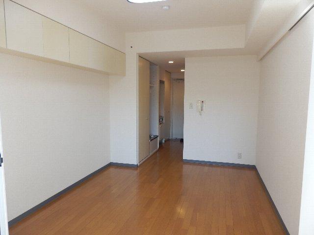 鎌ケ谷ハイツ 304号室のリビング