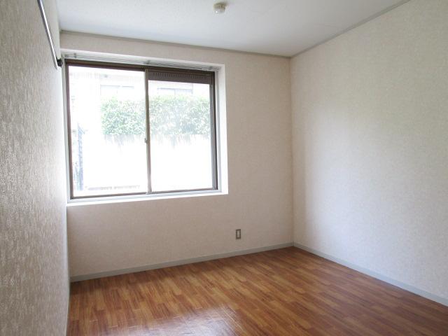 トリヴァンベール小林 102号室のキッチン