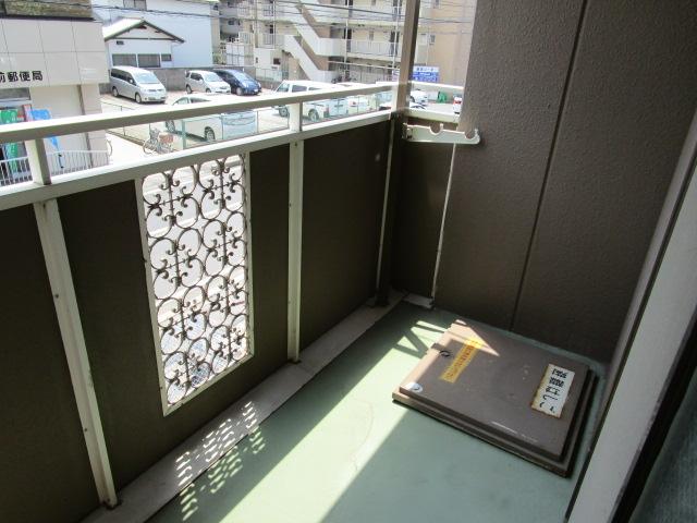 トリヴァンベール小林 301号室のバルコニー