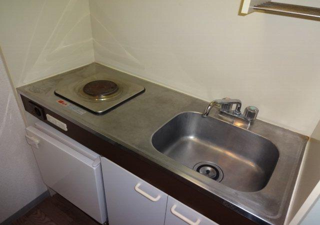 藤コーポE棟 102号室のキッチン