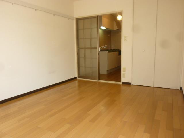 クオリティハイツ鎌ヶ谷 105号室の居室