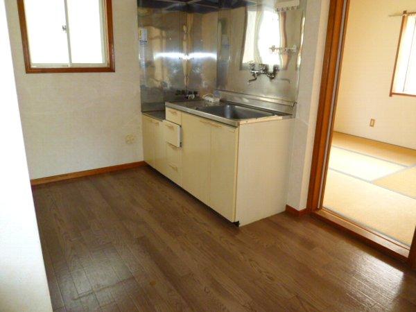 パークサイド1 105号室のキッチン