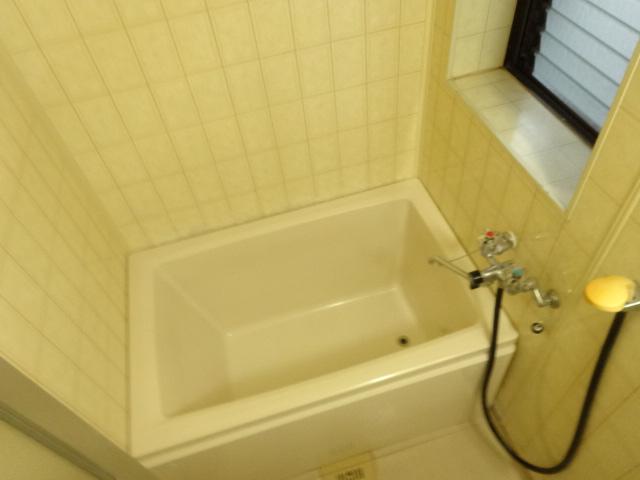 若葉ハイツ 102号室の風呂
