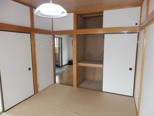 若葉ハイツ 201号室の居室