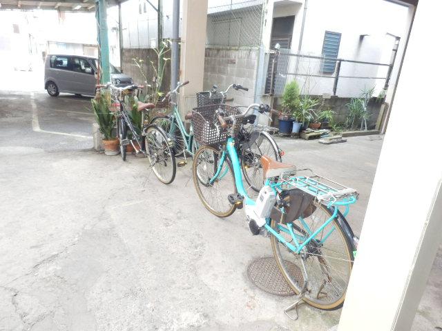 齊藤マンション 201号室の駐車場