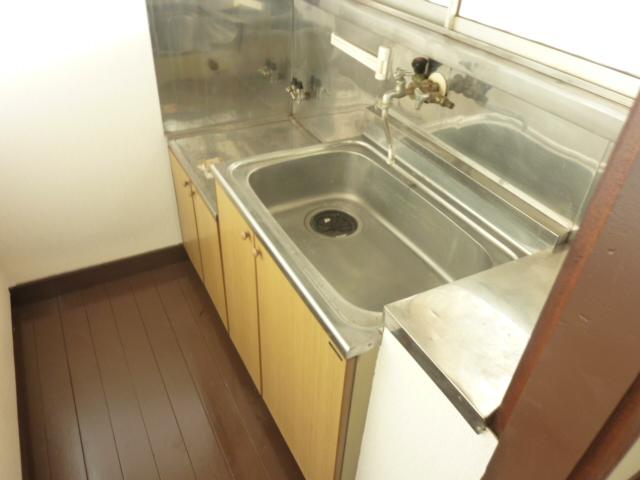 齊藤マンション 201号室のキッチン