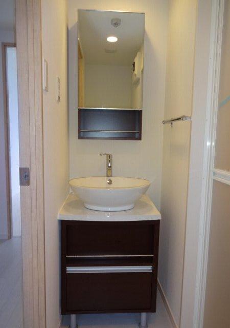 リブリ・MIYABI 108号室の洗面所