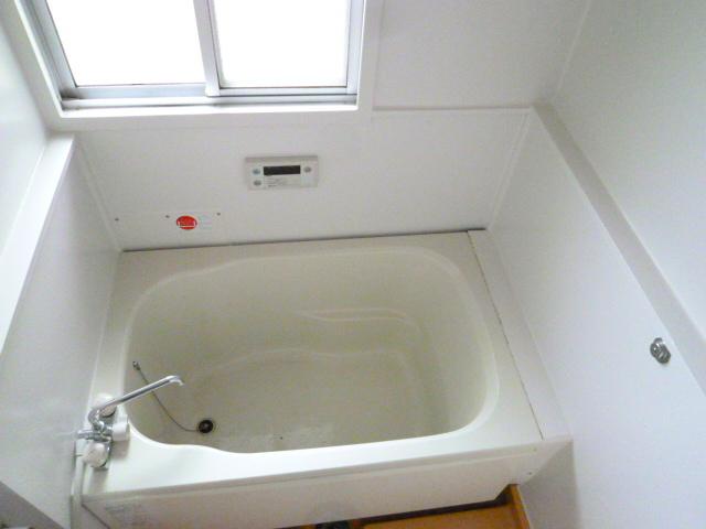 メゾンカンコー 106号室の風呂