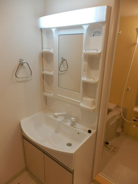 ハイ・レジデンス 101号室の洗面所