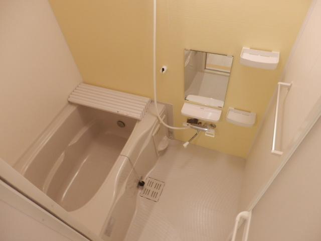 ハイ・レジデンス 101号室の風呂