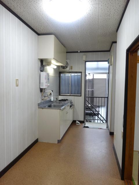関谷アパート 201号室のキッチン