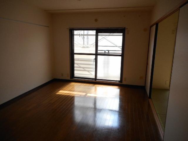 ブランシェ塚田 113号室のリビング