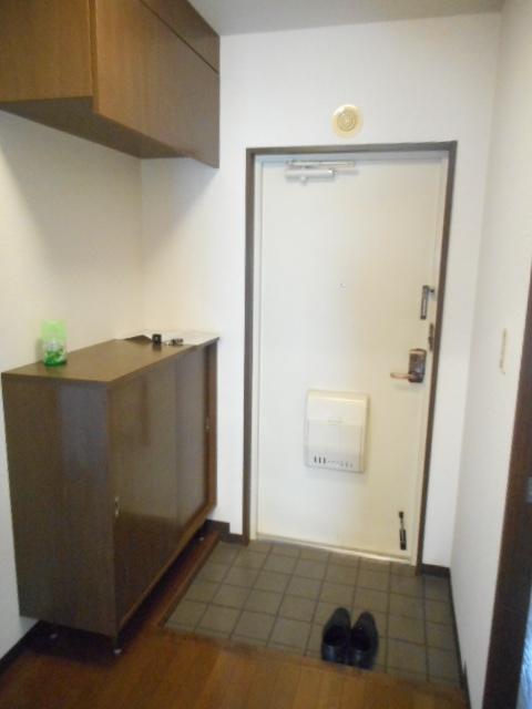 ブランシェ塚田 113号室の玄関