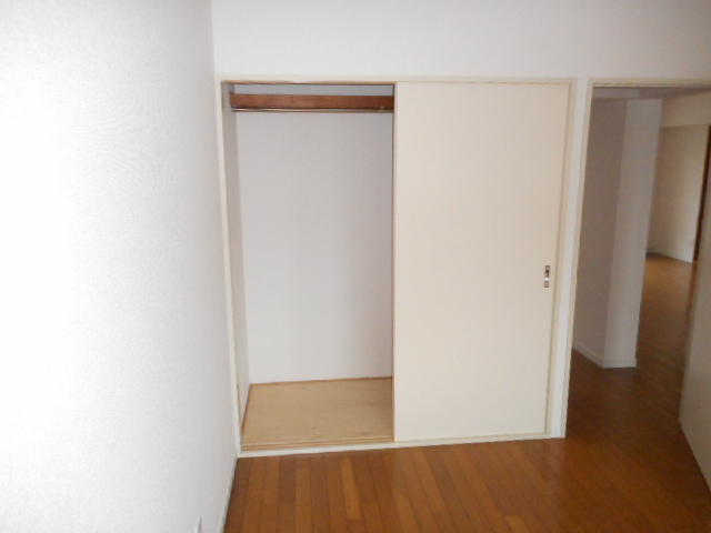 キャストロ鎌ヶ谷 203号室の収納