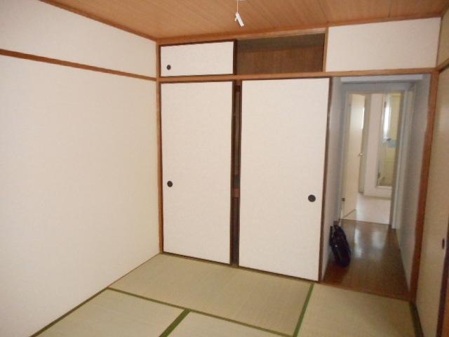 キャストロ鎌ヶ谷 103号室の居室