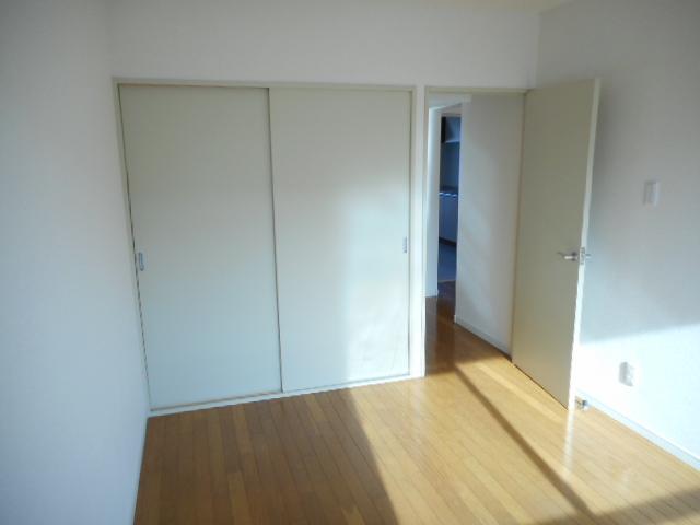 キャストロ鎌ヶ谷 202号室の居室