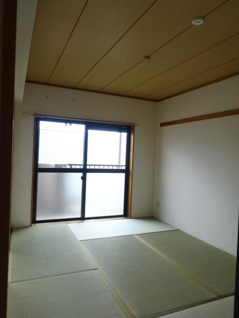メゾンドール・カムイα館 102号室のその他部屋