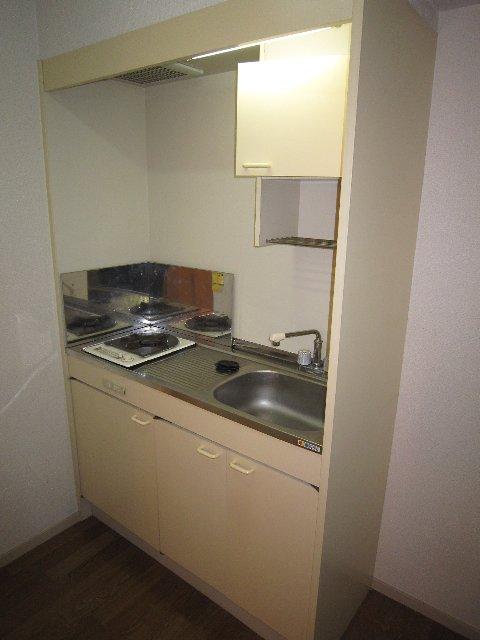 マリンホームズ 102号室のキッチン