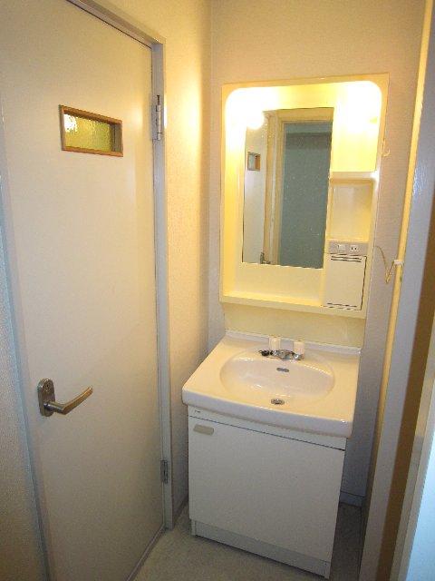 マリンホームズ 102号室の洗面所