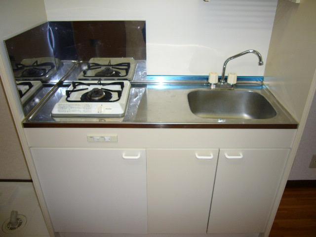 コーポ桑の実 103号室のキッチン