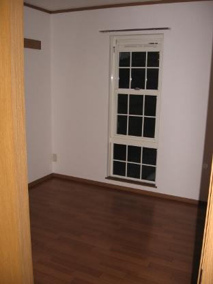 メゾンフロレスタ 02030号室の居室