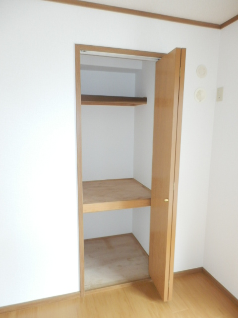 カーサ参番館 02030号室の収納