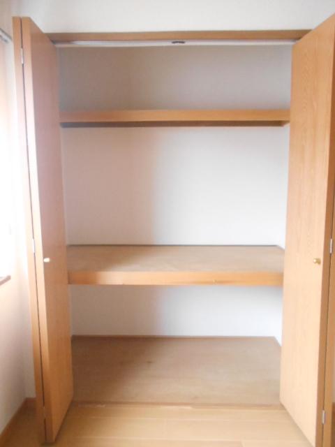 カーサ壱番館 02020号室の収納