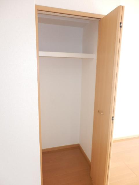 ゲネオス カルディアー 02030号室の収納