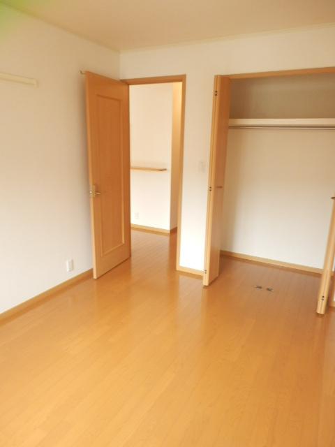 フィオーレA 01020号室の居室