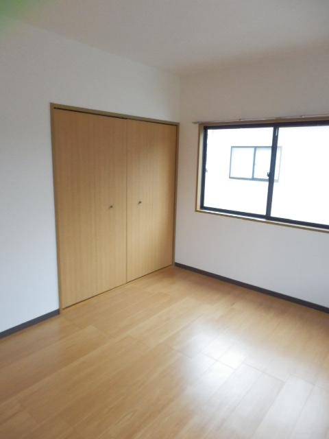 ロジュマン本郷B棟 02010号室の居室